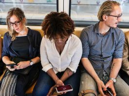 Unlimited-Data-Providers-with-SIM-Card-for-Travelers-on-toplineblog
