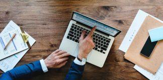 WordPress-vs-Drupal-vs-Joomla-vs-Magento-on-toplineblog