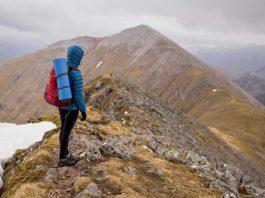 8-Awesome-Travel-Hacks-on-toplineblog