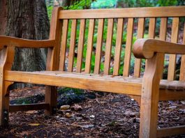 Tips-You-Should-Know-to-Recycle-Old-Furniture-on-toplineblog