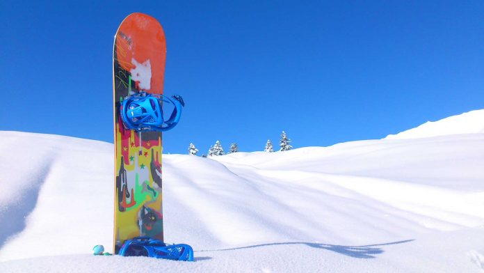 Tips-to-Choose-the-Perfect-Snowboard-for-You-onTopLineBlog