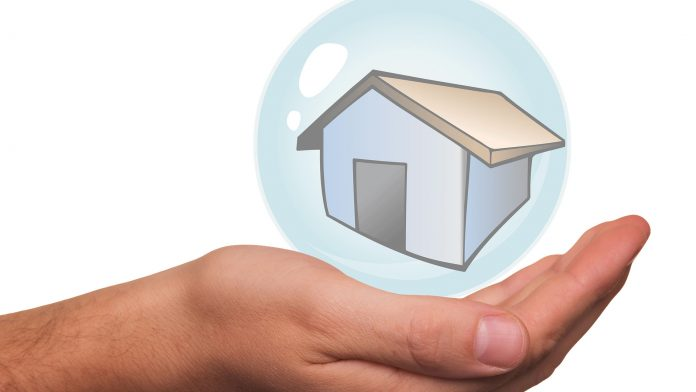 Benefits-to-Have-a-Home-Insurance-on-toplineblog