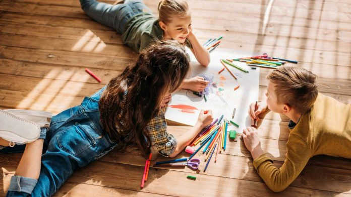 How-to-Work-from-Home-with-Kids-In-COVID-19-on-TopLineBlog