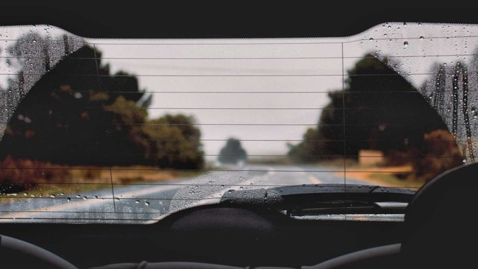 Some-Useful-Tips-to-Drive-Safely-When-It's-Raining-on-toplineblog-.info