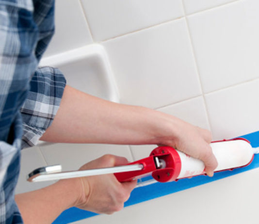 Tips-for-Re-Caulking-the-Bathroom-with-Ease-on-toplineblog-info